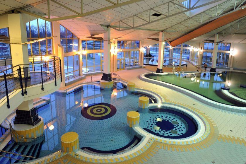 sarvar baths