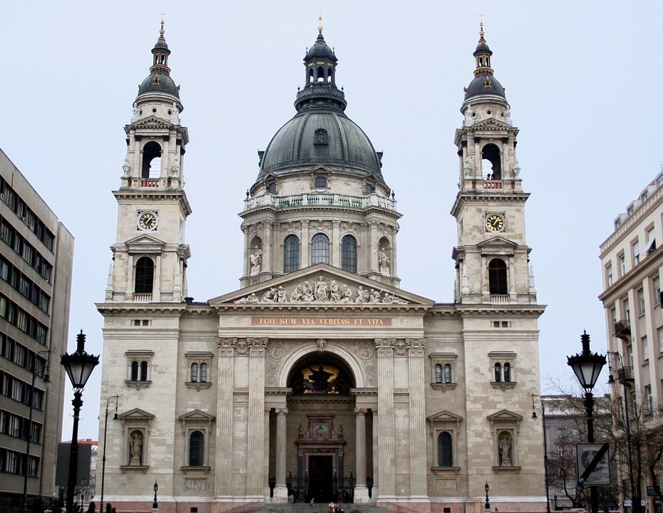 st-stephens-basilica-Budapest