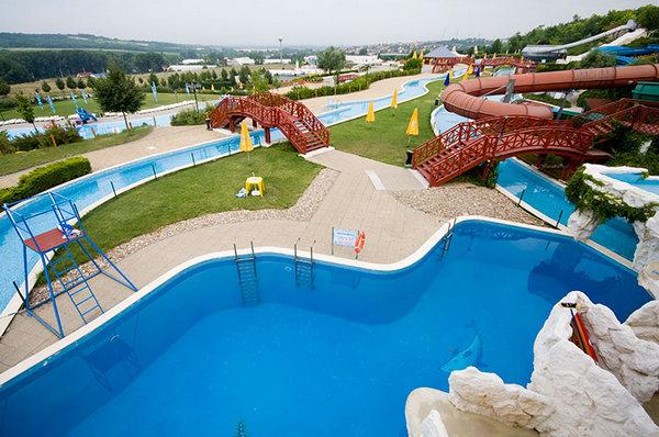 Aquaréna Mogyoród aquapark