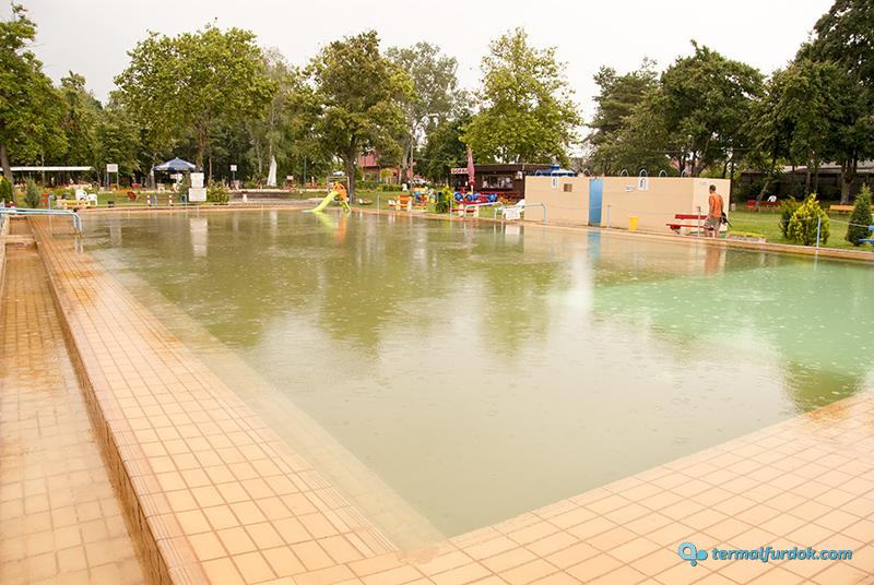 Debrecen Kerekestelepi strandfürdő