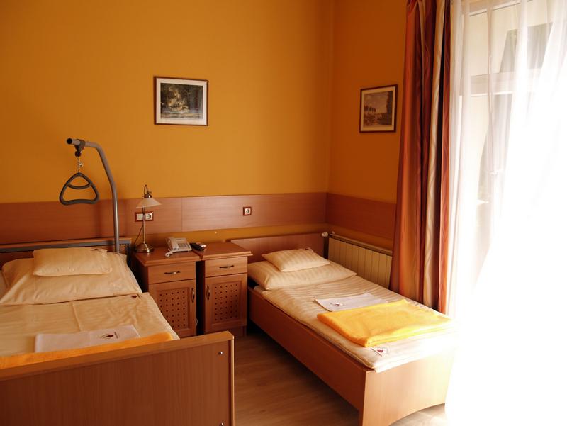 Parádfürdői Kórház szoba