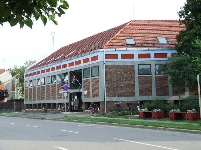 Szentesi Termál Gyógyfürdő és Nappali Kórház