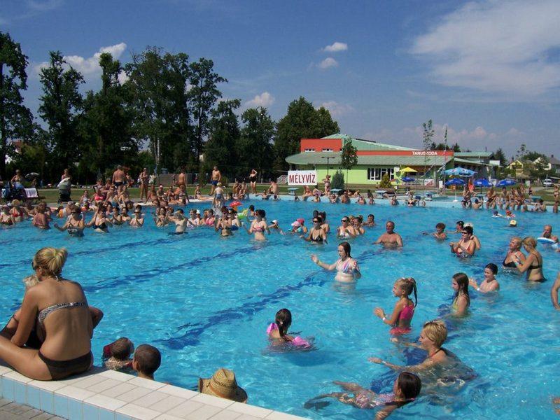 Szigetvári Gyógyfürdő strandfürdő