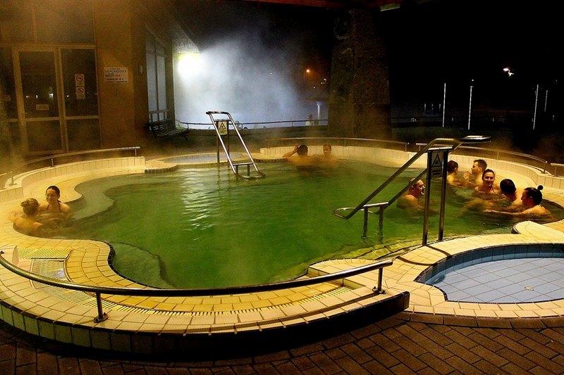Szigetvári Gyógyfürdő termálfürdő