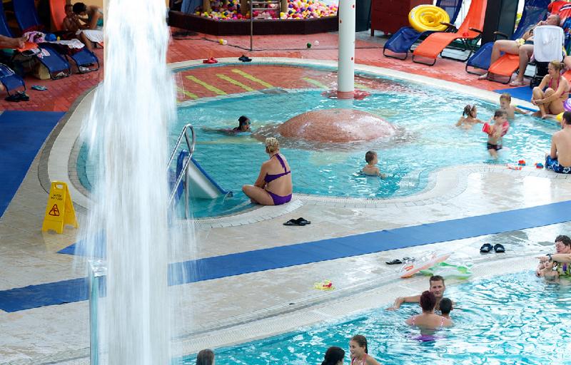 Aquasziget Esztergom wellness