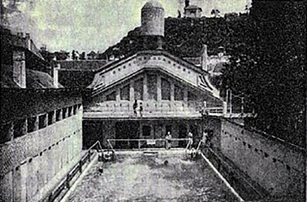 esztergomi fürdő úszómedence retró archív