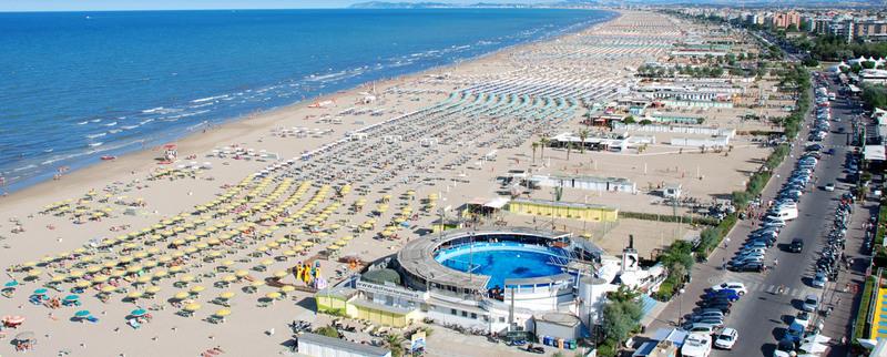 rimini beach strand