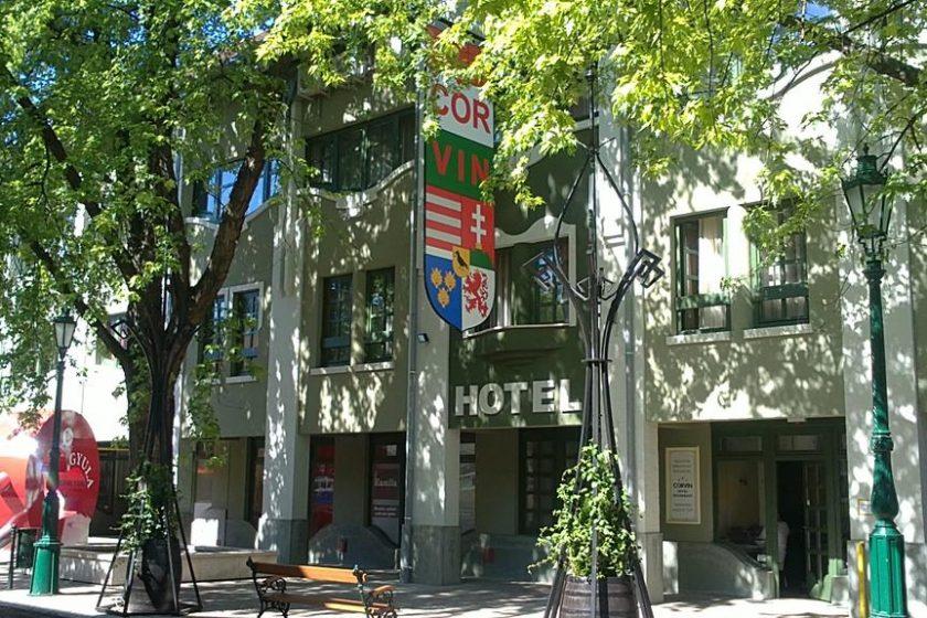 Hotel Corvin Gyula