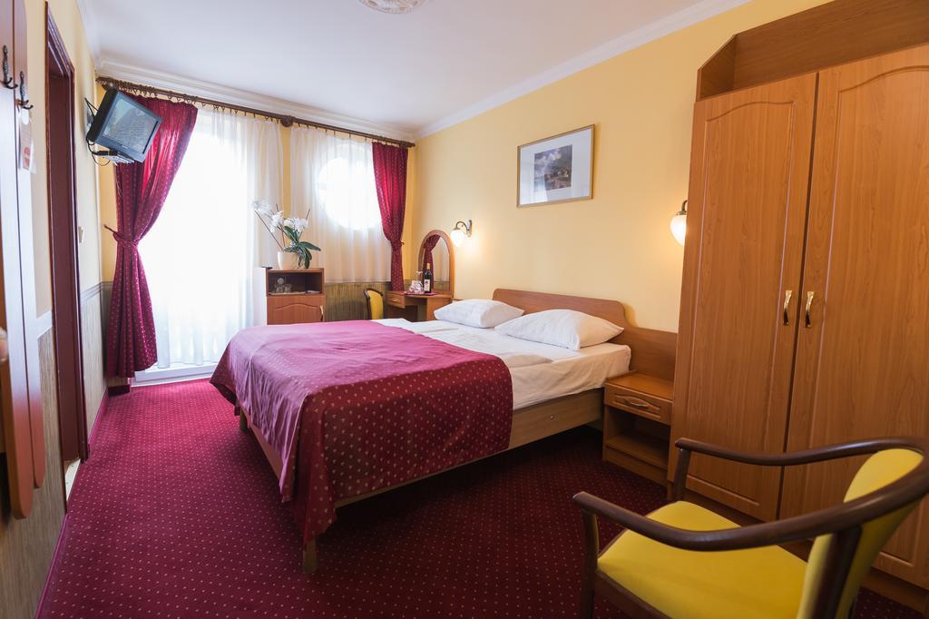Hotel Korona Eger