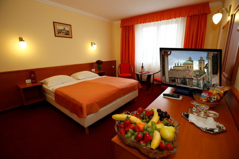 Hotel Korona Eger szoba szuperior