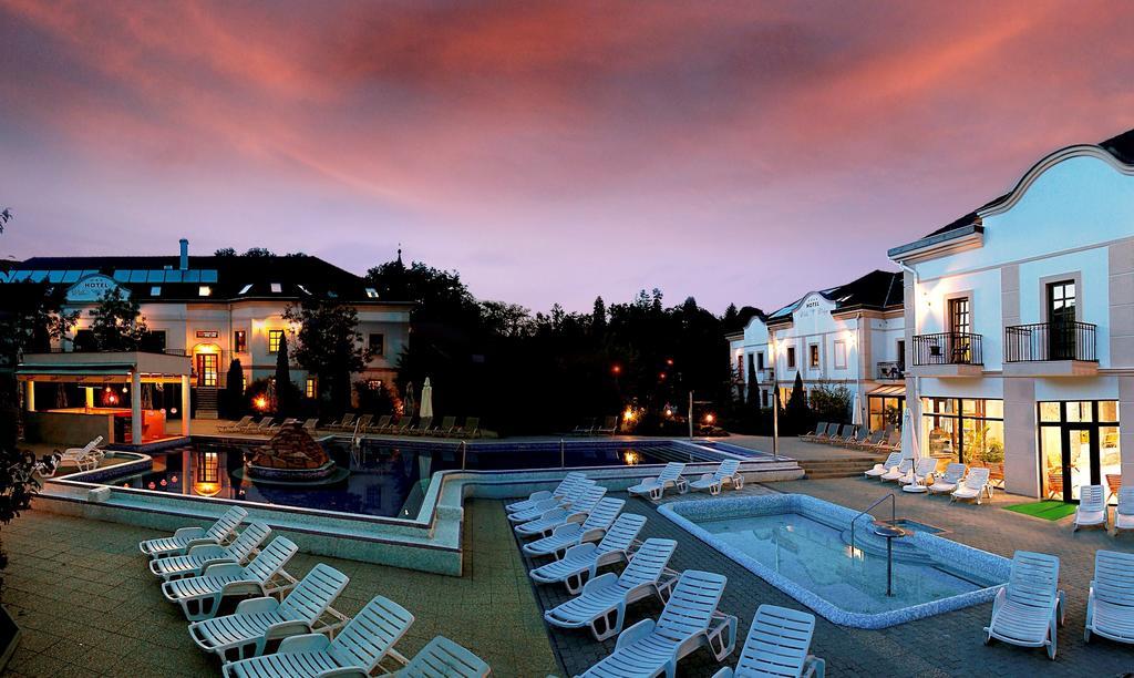 Hotel Villa Völgy Wellness
