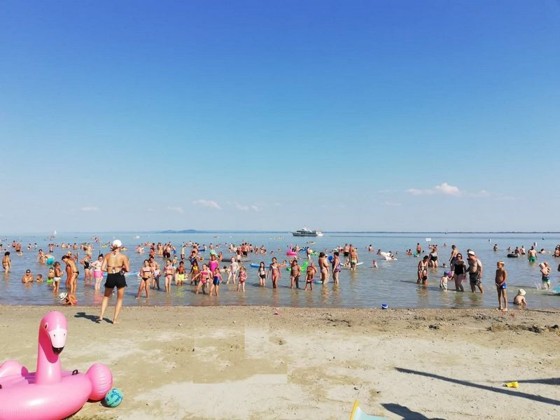 Balatongyörök strand homokos part