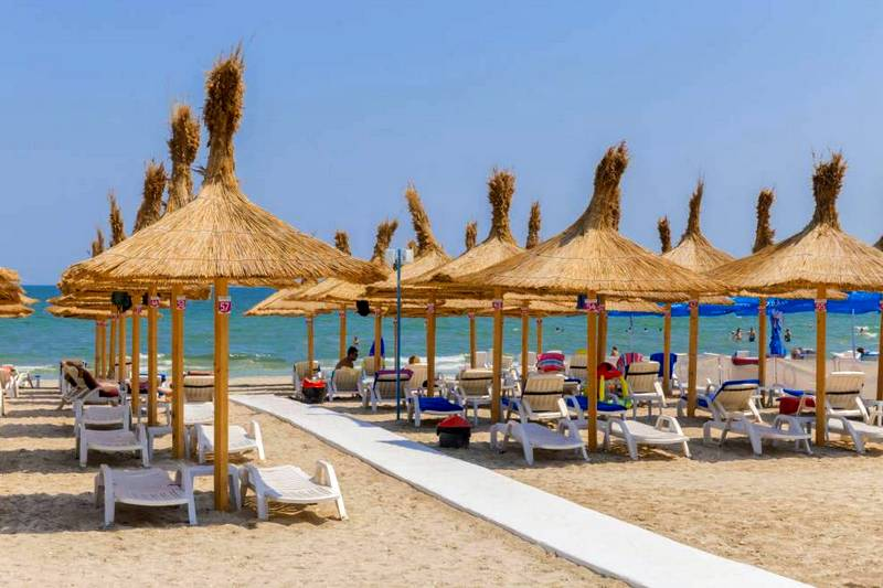 román tengerpart