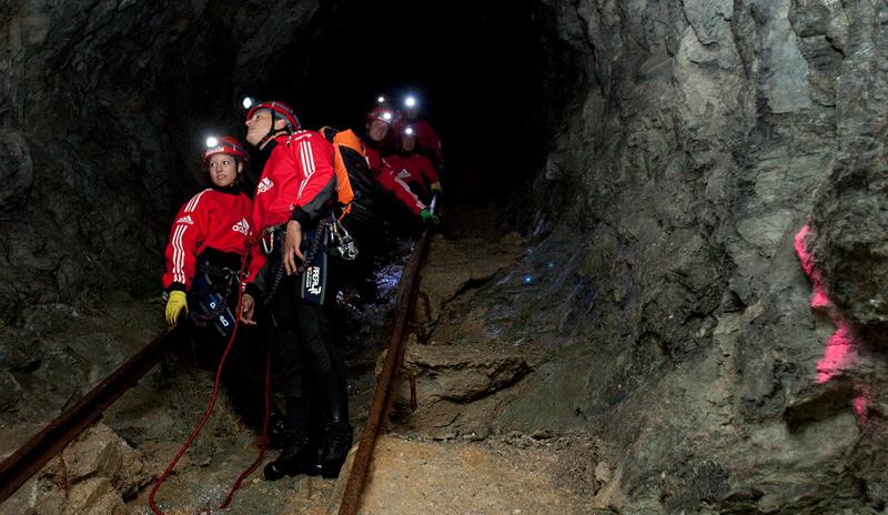 Area 47 extrémpark barlangászás
