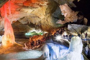 Dachstein Óriás jégbarlang Rieseneishoehle
