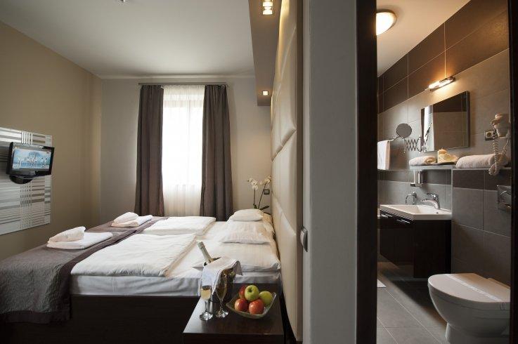 Hotel Villa Völgy Eger szoba