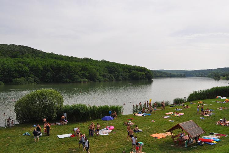 Szálkai-tó strand