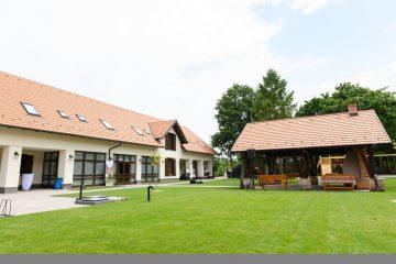 Gróf Esterházy Móric Ökoturisztikai Központ és Turistaház Gánt