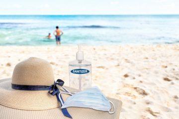 strand-nyár-koronavírus-maszk-kézfertotlenítő