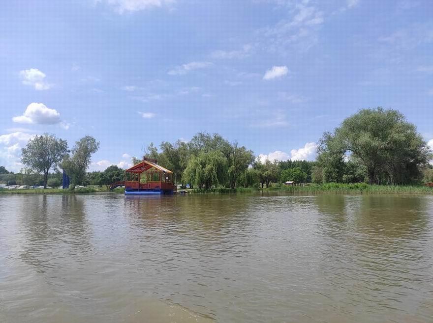 Tiszanána Dinnyéshát Álompart strand
