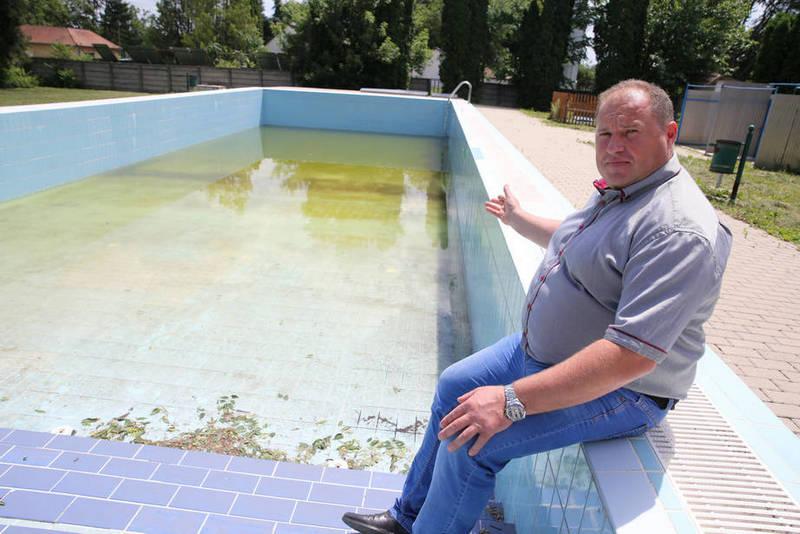 gerendás malomkert fürdő zárva