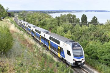 emeletes-vonat-balaton
